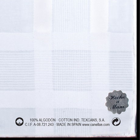 pañuelo blanco detalle